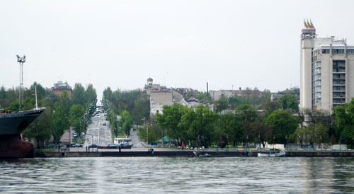 проспект Ушакова